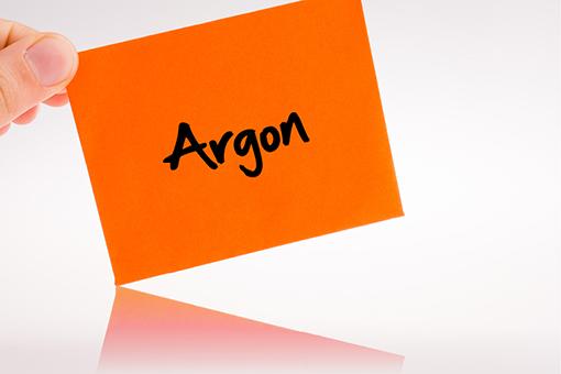 Argon universell einsetzbar.