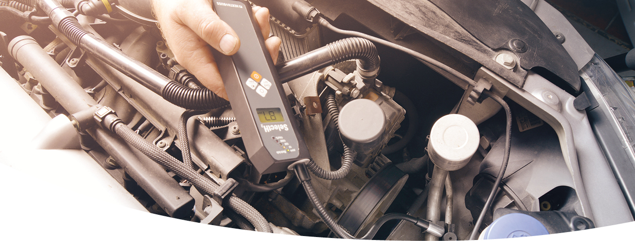 Dichtheitsprüfung KFZ-Werkstatt Klimaservice PKW-Klimaanlage Formiergas Stickstoff.
