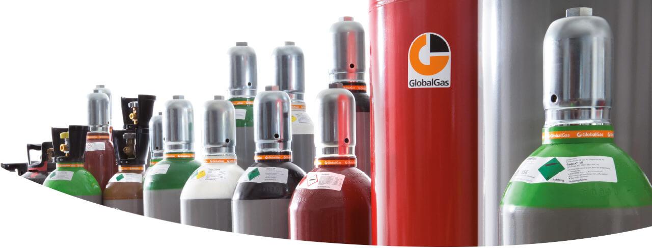 GlobalGas Übersicht verschiedener Gasflaschen mit C3H8, O2, C2H2, CO2, N2.